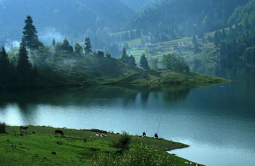 Fotoğraf: Colibita Gölü, Karpat Dağları, Romanya / Paul Gabriel Pasztor