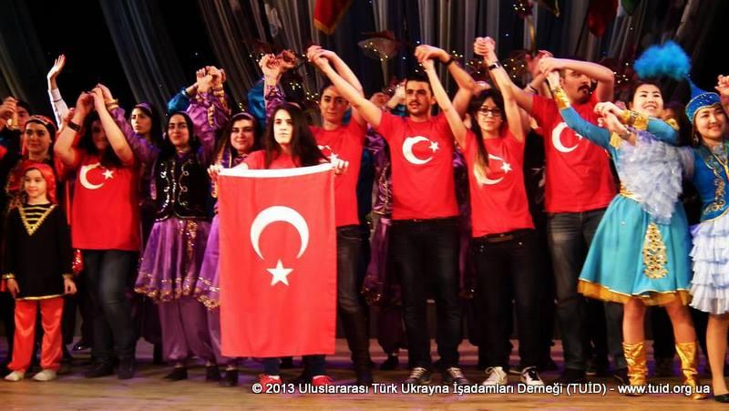 turk-dunyasi-tuidin-destegiyle-harkovda-nevruz-kutlamasinda-bulustu1