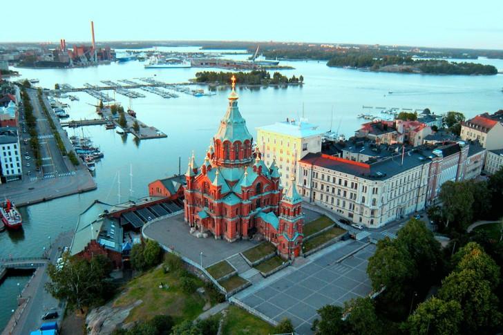 Helsinki-Uspenski-Cathedral-Finland-485x728