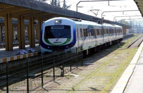 Adapazarinda-mevcut-Tren-Hattında-Hafif-Rayli-Sistem-Hazirligi11